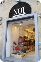 Florence Shopping - Leather Jackets - Noi