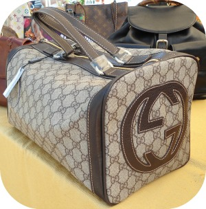 Florence Shopping - Cheap Designer Bags - Gucci overnight bag at Bottega dei Dolci Ricordi
