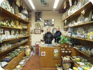 Florence and Deruta Ceramics - Carnesecchi interior