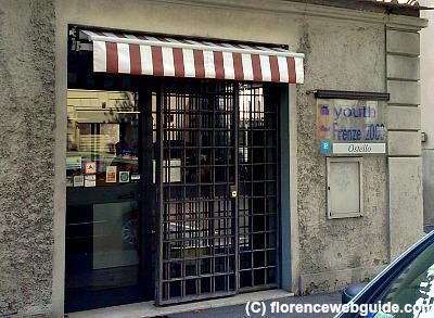 Hostel Youth Firenze 2000 from outside