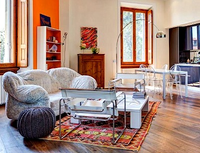 A sunny apartment in Florence
