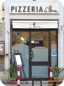 Florence Restaurants - Gluten Free Pizza - La Luna
