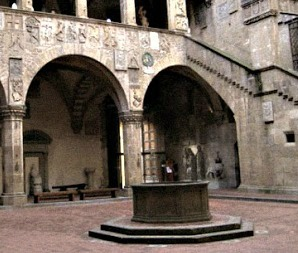 The octagonal well in the Bargello Museum courtyard