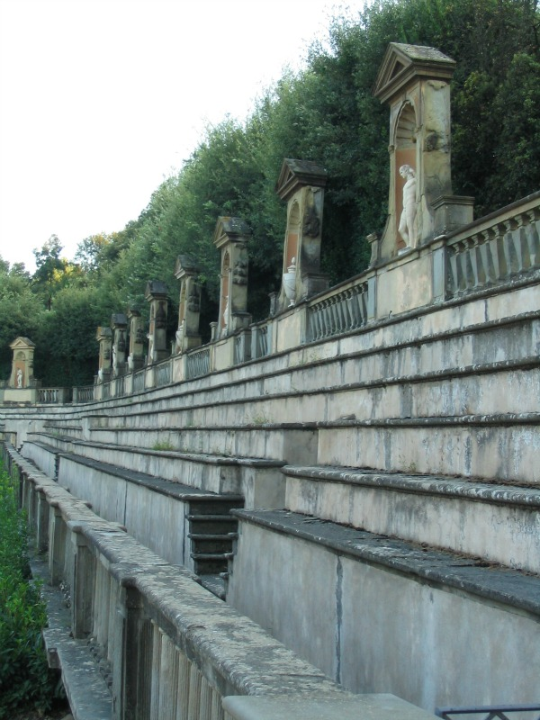 Side view of amphitheater at Boboli