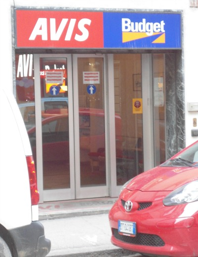 Avis office for Florence car rental in via Borgo Ognissanti