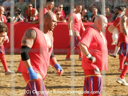 Two very intimidating-looking players of Calcio Storico!
