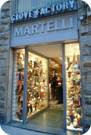 Florence Shopping - Belts and Gloves - Martelli shop