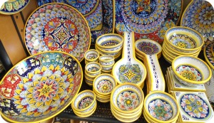 Florence and Deruta Ceramics - variety of Deruta ceramics at the shop Florentia