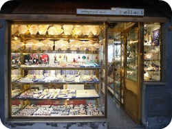 Florence Shopping - Gold Jewelery - Fallaci