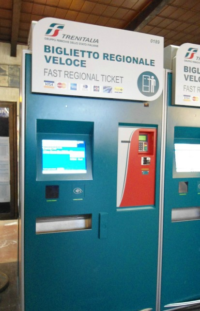 Machine for only regional tickets in Tuscany