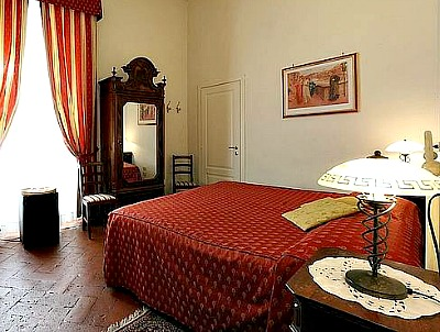 'Home in Florence' is a very popular bed and breakfast in Florence Italy
