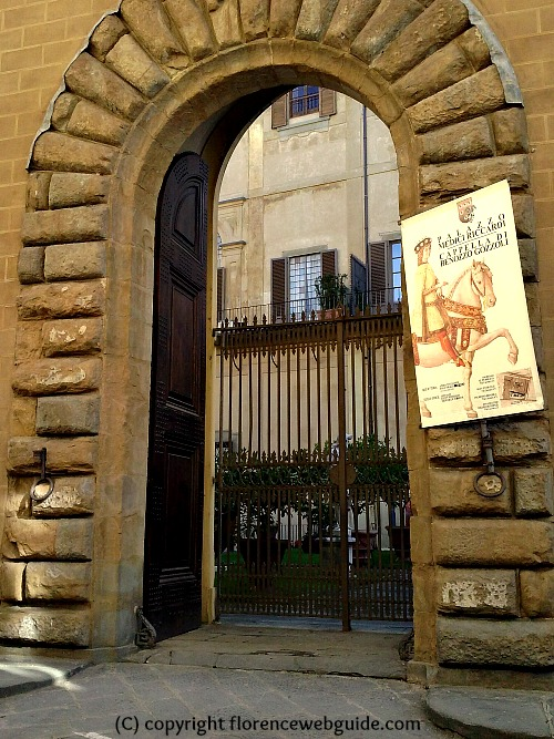 High arched doorway of Medici palace for horse and carriage to pass through