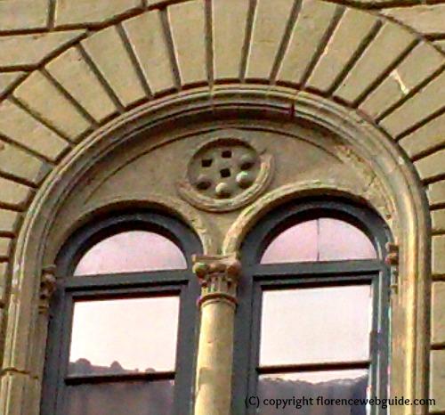 Medici crest above window