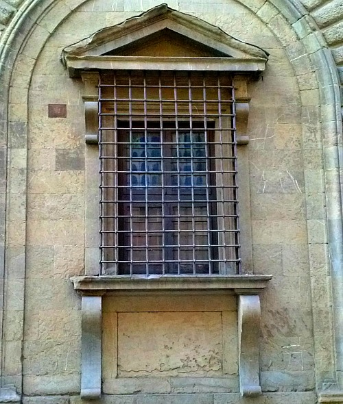 Kneeling window: designed by Michelangelo in 1517, name derives from 'legs' under the window sill