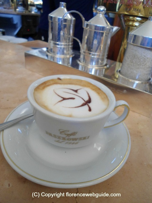a cappuccino from one of Florence's best cafés