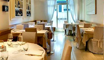 Florence fish restaurant Portofino, elegant and romantic with excellent food