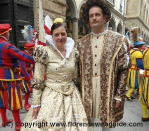 A Renaissance couple dressed for the Marzocco Trophy ceremony in Florence