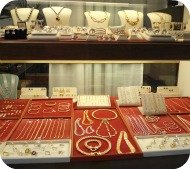 Florence Shopping - Gold Jewelery