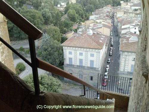 Climbing up Torre di San Niccolo, the first 'floor'