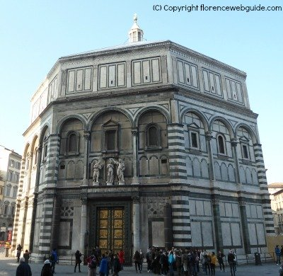 the Florence Baptistery in piazza San Giovanni