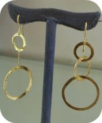 Florence Shopping - Gold Jewelry - OroDue hand hammered earrings